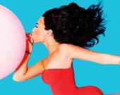Деми Ловато снялась топлесс для обложки нового выпуска журнала Complex