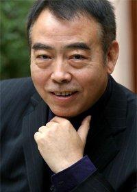 Чэнь Кайгэ