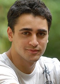 Имран Кхан