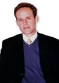 Питер МакНикол